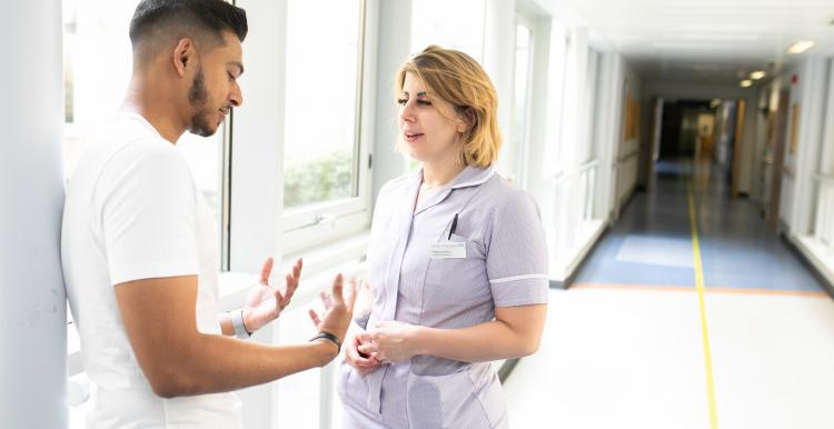 Man talking to a nurse